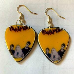🔥PARAMORE vinyl record guitar pic earrings 🔥
